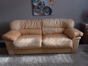 Full Grain Top of the Line Leather Sofa .