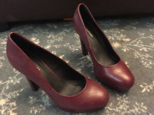Women Heeled Shoes for Sale sizes 8 thru 9