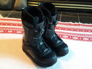 Snowboard Boots -  Size 9 Women 32  (Boa Lace System)