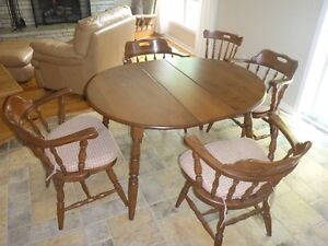 Kitchen Table, Chairs, Cornerpiece and Hutch