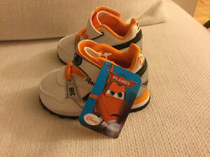 Reebok Disney baby shoes with tag (never used) Kitchener / Waterloo Kitchener Area image 5