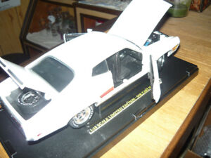 1:18 FORD die cast for sale or swap P/U only in Smiyhville