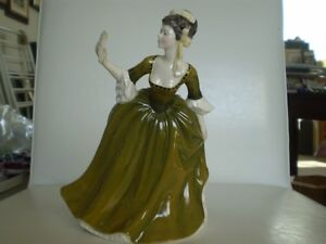 "Royal Doulton Figurine - "" Simone "" HN 2378 Kitchener / Waterloo Kitchener Area image 1"