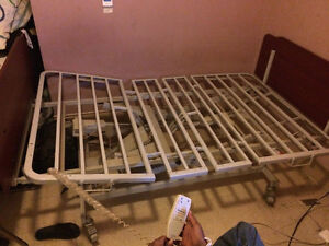 Adjustable lenght/height remote control bed in good condition.