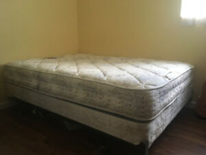 Double Mattress with Boxspring and Metal Frame w Wheels
