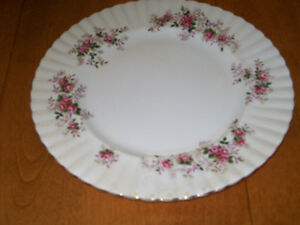 Royal Albert Lavender Rose Dishes Fine China