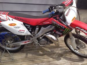 02 cr125r trade for a 250f or 250 2 stroke