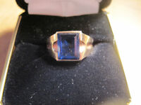 Man or Boy's Signet Ring with Blue Sapphire