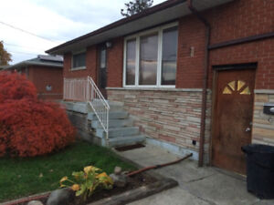 3 rooms avaiable for 20 Dec, close to Mcmaster, 330, 430,470$