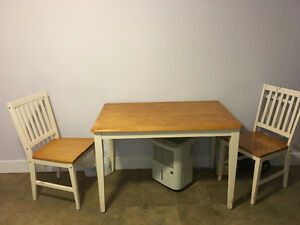 Kitchen Table With 2 Chairs