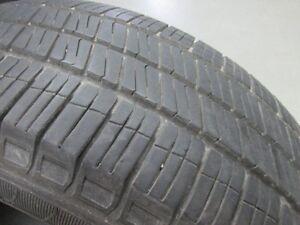 2 pneus goodyear 185-60-15 bonne état usure1 a  7/32 et 1 a 6/32