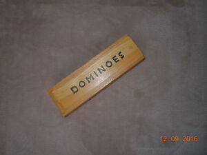 Dominoes game / Jeu