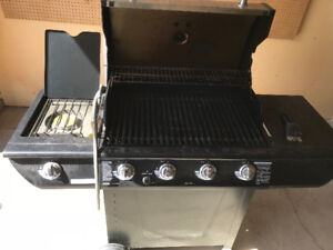 For Sale Master Chef Barbecue natural gas and propane grill.