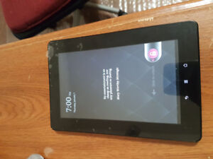 New Kobo E-reader tablet with recipt.  Includes box and charger