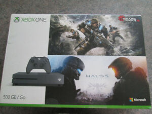 BRAND NEW XBOX ONE S SPECIAL EDITION HALO+GEARS BUNDLE
