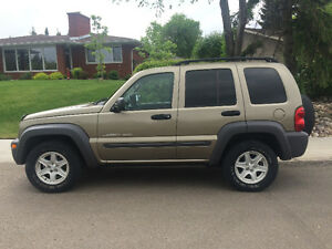 2003 Jeep Liberty Sport - Low Kilometers - Excellent Condition