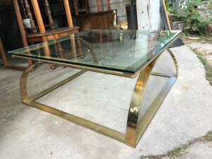 Thick Glass Top Coffee Table.