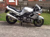 Kawasaki zzr 600cc 55 reg, may deliver