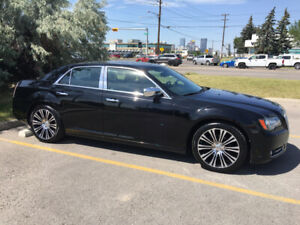 Clean 2013 Chrysler 300 S 300HP. Active Status