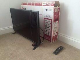 """LG 32"""" FULL HD LED TV (with box)"""