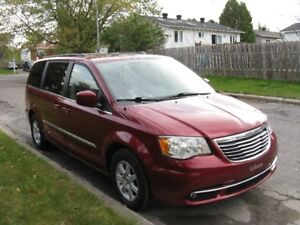 2011 Chrysler Town & Country Touring Fourgonnette, fourgon