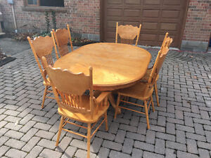 Wood Kitchen Table Oakville / Halton Region Toronto (GTA) image 1