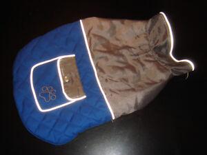 MANTEAU RÉFLÉCHISSANT CHIEN/DOG SECURITY COAT (PETIT/SMALL)