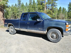 Chevy Cheyenne extended cab 1500 4x4 1996