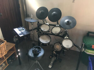 Roland TD-12 Complete Electronic Drum Set With Headphones