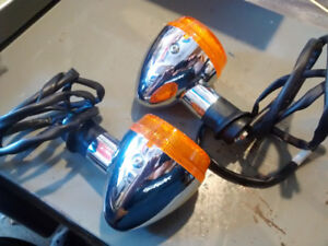 Honda VTX used signal lights Qty 2 in good Condition.