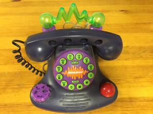 Fun Nickelodeon Talk Blaster Phone