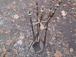Fireplace tong set