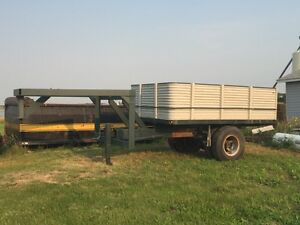 Fifth Wheel Grain Trailer