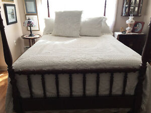 Queen Cotton Bedspread with pillows and shams.