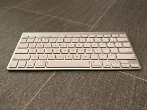 Apple Bluetooth Keyboard
