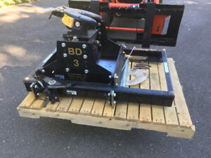 Hensley Trailersaver BD3 Air Ride hitch with manual slide
