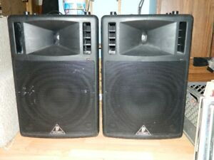 Behringer 300 Watt speakers