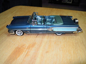 Danbury Mint 1958 Pontiac Bonneville Convertible