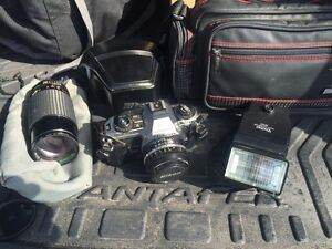 35 mm Nikon Camera, Zoom lens, Flash & accessories. Kitchener / Waterloo Kitchener Area image 1