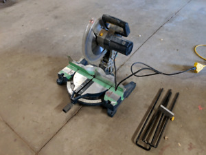 "12"" Compound Mitresaw Mastercraft."