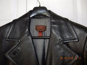 Danier Manteau cuir Femme / Women's Leather Coat