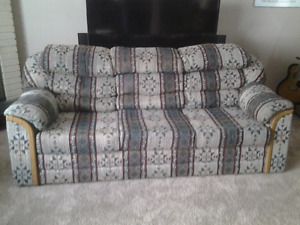 Buy and sell furniture in calgary buy sell kijiji for Sofa bed kijiji calgary