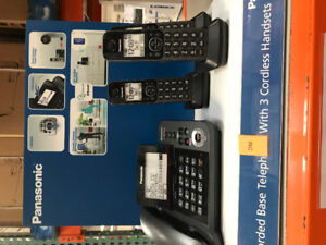 Panasonic phones, base with 3 cordless extensions