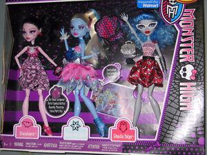 New Monster High Dot Dead Gorgeous gift set 3 dolls Strathcona County Edmonton Area image 1