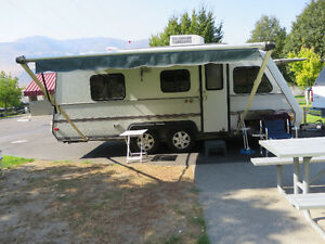 20 ft Holidaire trailer