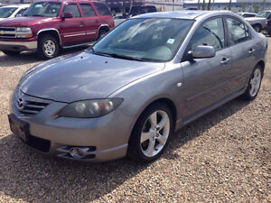 2004 Mazda 3,Automatic,Moon Roof......This a Steal of a Deal !!!