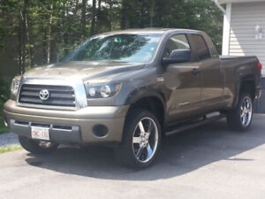 2008 Toyota Tundra 4x4 ext. cab asking $14,900 obo