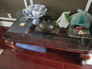 Coffee and side table