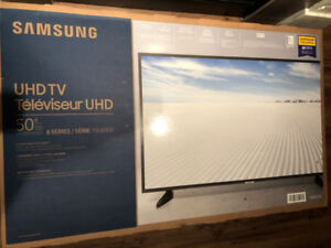 """Sealed & Unopened Box, Samsung Smart TV 50"""" Compared at 699$"""