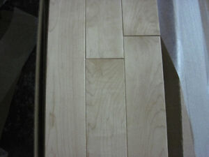 "SOLID MAPLE NATURAL 3 1/4"" BEAUTIFUL FLOORING West Island Greater Montréal image 3"